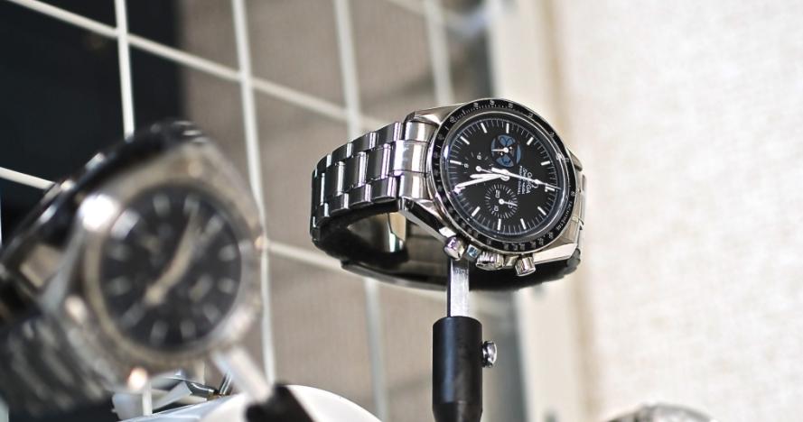 時計修理業者のオーバーホール