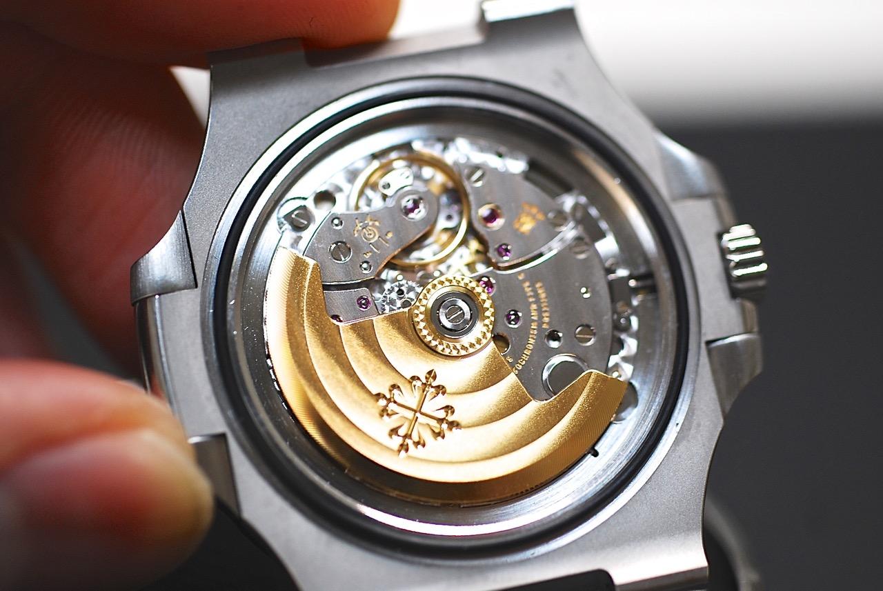 自動巻き時計の仕組み